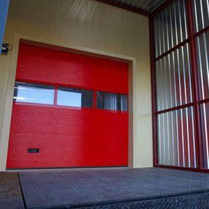 Размер: 2875×3000 Микроволна, RAL 3004 (пурпурно-красный), панорамная вставка, с ручным управлением